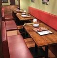 テーブルなどのインテリアにもこだわっています。シチュエーションに合わせて最適のお席をご用意いたします♪