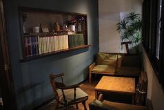 プライベート個室も完備してます。ちょっとした、打ち合わせなどにも活用されています!