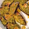 料理メニュー写真ムール貝の香草バター焼き。