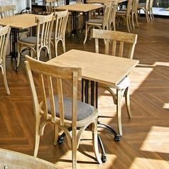 テーブルを2名様席にして、お二人だけの空間をお楽しみいただけます♪