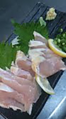 料理メニュー写真薩摩鶏むね刺身(たたき)