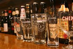 ダイニングビアバー Dining Beer Bar KURUMIの雰囲気1