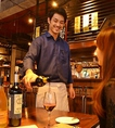 豊富なワインの中からグラスでもご提供できるおすすめのワインも各種ご用意しています。店内にはワインショップもあり。また抜栓料1本につき1000円(税抜)でそのまま店内で楽しめます。迷ったら気軽にスタッフにご相談下さい♪