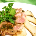 料理メニュー写真イベリコ豚とエリンギ茸のソテー香味風味
