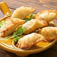 【玉子餃子380円(税抜)】食べやすいサイズと優しい味わいが大好評。皆でシェアして下さい!