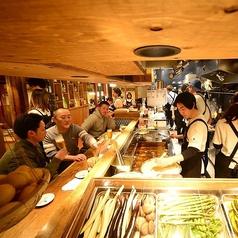 天ぷら酒場 KITSUNE 一宮店の雰囲気1