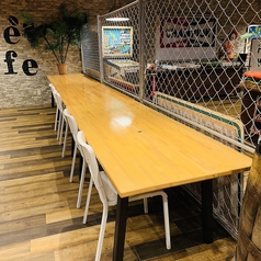 席の間隔もテーブルも広いのでゆったりとおくつろぎ頂けます♪お一人様も大歓迎です★