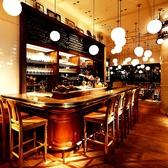 ブラッスリーアンドワイン カフェ バズ Brasserie&Wine Cafe BUZZの雰囲気2