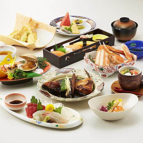 おまかせコース全11品5,600円(サービス料・消費税込) *お食事は鰻ごはんかお寿司になります。