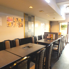 テーブル席は4名テーブル×6テーブルご用意♪大人数での宴会も大歓迎☆