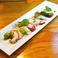料理メニュー写真タコのパクチーカルパッチョ