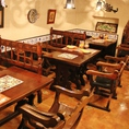 広めのテーブル席はゆったりくつろげます◎テーブルを繋げて団体様もご相談を。