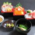 料理メニュー写真枡寿司