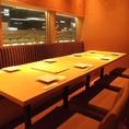 女子会や合コン、友人や同僚との飲み会などにオススメの、8名様用テーブル式完全個室。皆様でゆったりと会話やお食事をお楽しみください♪当店では焼き鳥やステーキ、寿司など旬の食材を使用した逸品料理や、和食との相性◎の銘柄日本酒・焼酎をはじめとしたドリンクを多数揃えておりますので、是非ご賞味ください♪