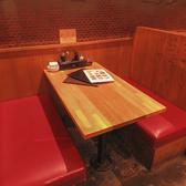 ゆったりくつろげるボックス席は2席ございます☆