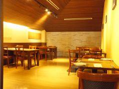 半個室のお席は最大20名様までご利用可能です。女子会や各種宴会に◎