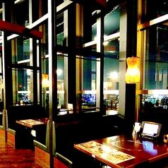 夜景の見えるテーブル席は大人気☆甘太郎の焼肉食べ放題プランは大変ご好評いただいております☆もちろん少人数でも焼肉オーダー可能です☆少人数のお席でも焼肉を楽しんでいただけるよう完備しております!是非ご利用くださいませ★