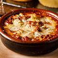 料理メニュー写真カジョスとバルデオンチーズ田舎風グラタン