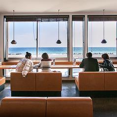 ディスイズカフェ This Is Cafe 静岡店の雰囲気1