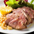 料理メニュー写真銘柄豚のロースト 有機レモンとシチリア産の海塩で