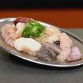料理メニュー写真ホルモン盛り 880円(税抜)