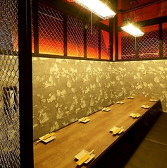 使い勝手抜群の10名様用個室☆部屋をつなぐと最大30名様まで個室で対応可能☆