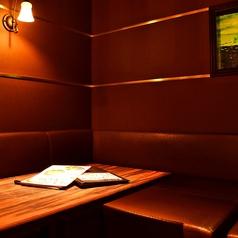デートや記念日にぴったり♪カップルシートとしても大活躍の半個室です!人気のお席のためお早めのご予約をお願いいたします!