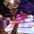店内の中央には特別個室、ピラミッドが…!