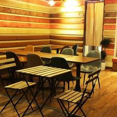 Evergreen Cafe エバーグリーン カフェの雰囲気1