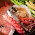 市場で仕入れる旬の食材!!季節に合わせた食材を取り入れた限定メニューが多数。