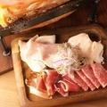 料理メニュー写真カレッサの ハムサラミ盛り合わせ