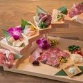 料理メニュー写真圧巻!鮮肉5種盛り!鮮度抜群!鶏刺し&鮮馬刺し&和牛の盛り合わせ!