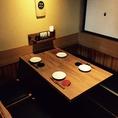 奥のテーブル席は4人用のテーブル席が多数!机を繋げれば最大30名までの宴会もOK!
