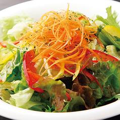 料理メニュー写真旅人サラダ