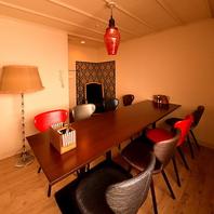 2階の完全個室席は5名~12名×2部屋ございます!