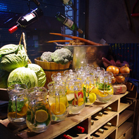 【東銀座駅から2分】新鮮野菜が食べ放題♪飲み放題♪