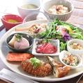 料理メニュー写真zukekura SEASON LUNCH PLATE(8種)