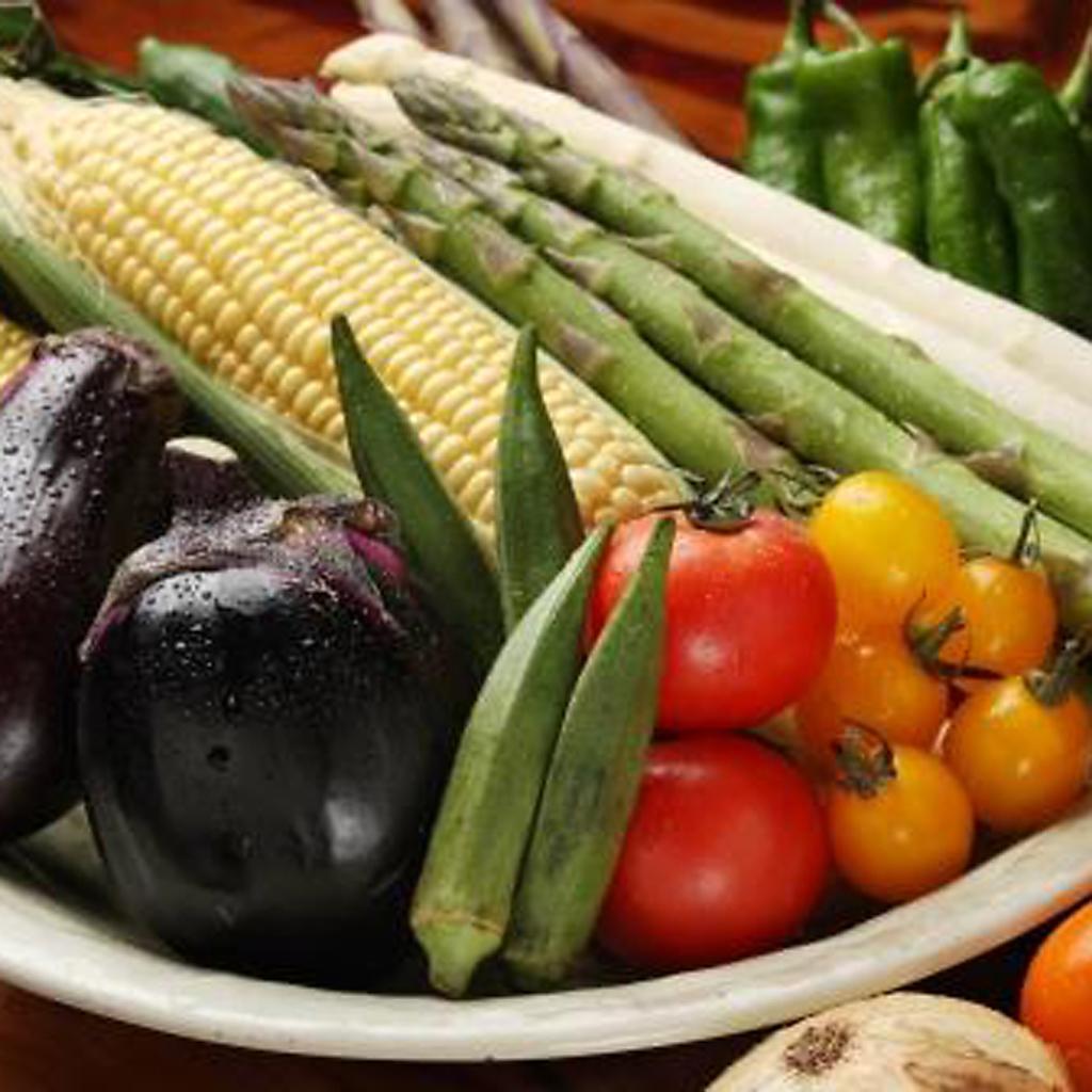 料理長厳選!農家直送、朝採れ野菜をシンプルに!