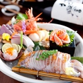 料理メニュー写真自家製漬け鮪・とろサーモン・帆立貝柱・中トロ鮪・真蛸など新鮮な魚介を厳選入荷!