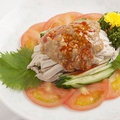 料理メニュー写真鶏細切りと胡瓜の胡麻ダレ(棒々鶏)