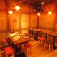 広島裏袋にある肉寿司は様々な席タイプをご用意♪カウンター席・テーブル席など様々なシーンでご利用いただくことが出来ます。絶品んの肉寿司を宴会で女子会でデートで・・・★是非ご堪能ください♪