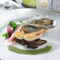 料理メニュー写真~太刀魚のスモーク 野菜のリボン添えと天使のえびのフランベ~