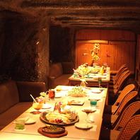 梅田の南国空間★まるで大きな洞窟!