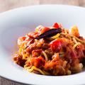 料理メニュー写真たっぷりトマトと小エビのアラビアータ