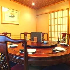 自慢の円卓個室です。人気のテーブルタイプです。