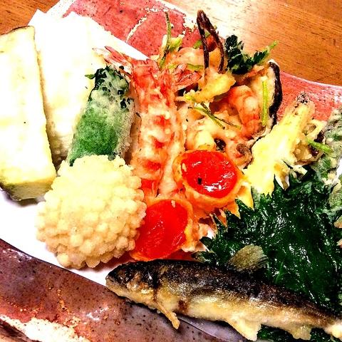 薄付きの衣が素材の味そのものを楽しませてくれる、45年の歴史ある老舗天ぷら店