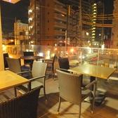 テーブルが4つ♪天気のいい日には外でのお食事もオススメ☆