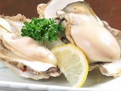 料理メニュー写真根室湾中産 殻付き焼き牡蠣