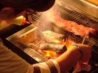 肉屋のこだわり肉×自慢の炭火焼!