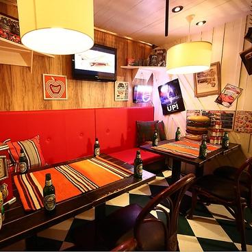 ヒズカフェ H's CAFEの雰囲気1